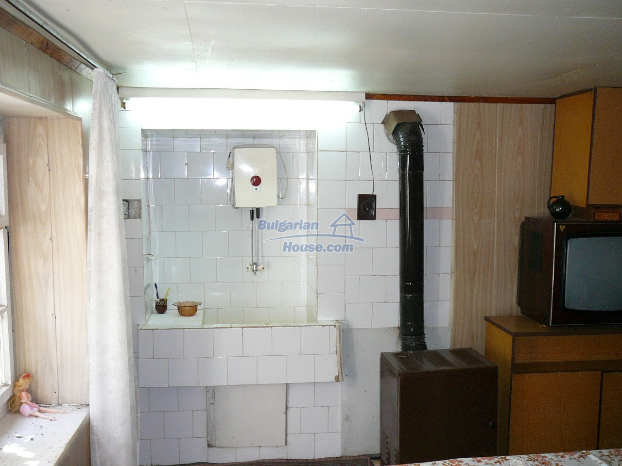 12527:19 - House  in good condition Stara Zagora region 55km to Plovdiv