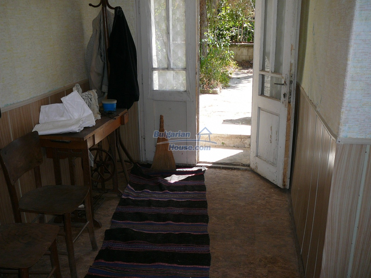 12527:17 - House  in good condition Stara Zagora region 55km to Plovdiv