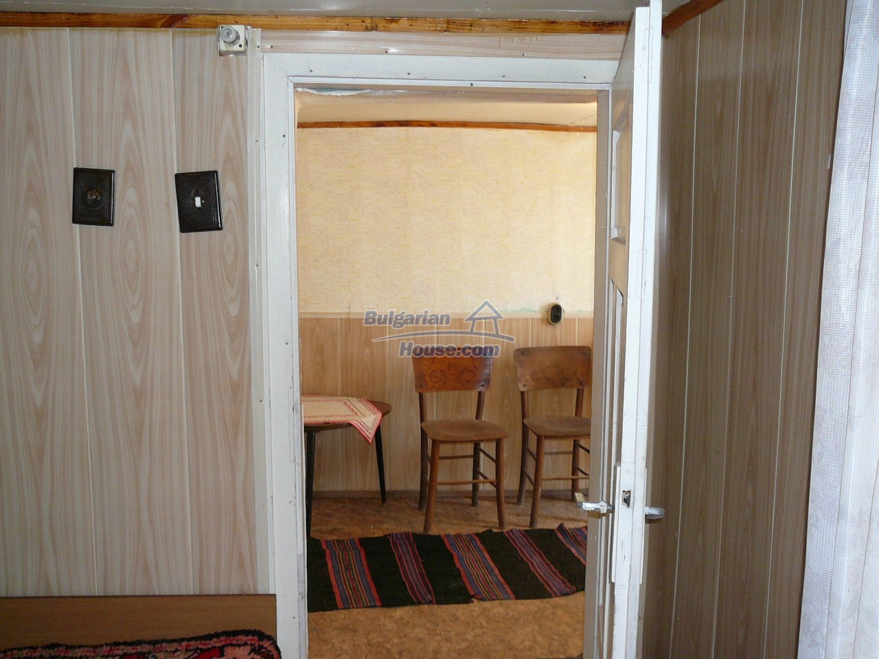12527:23 - House  in good condition Stara Zagora region 55km to Plovdiv