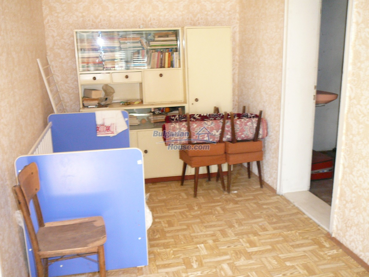 12527:27 - House  in good condition Stara Zagora region 55km to Plovdiv