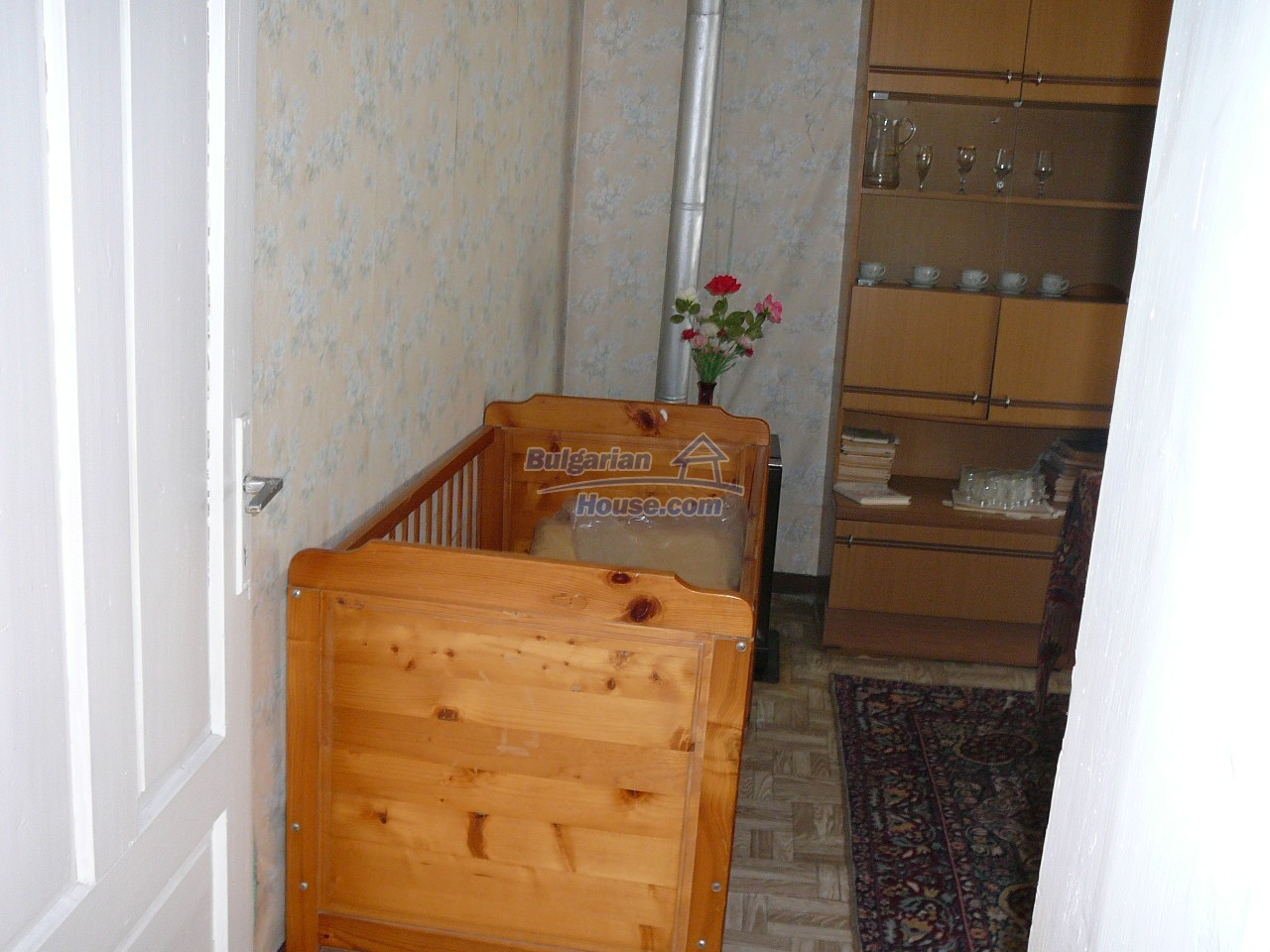 12527:31 - House  in good condition Stara Zagora region 55km to Plovdiv