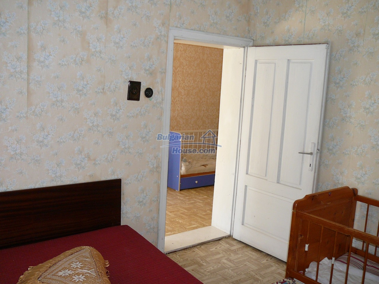 12527:35 - House  in good condition Stara Zagora region 55km to Plovdiv