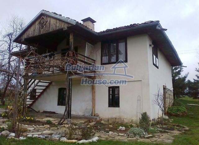 12769:3 - House for sale near Elena town with marvellous mountain views