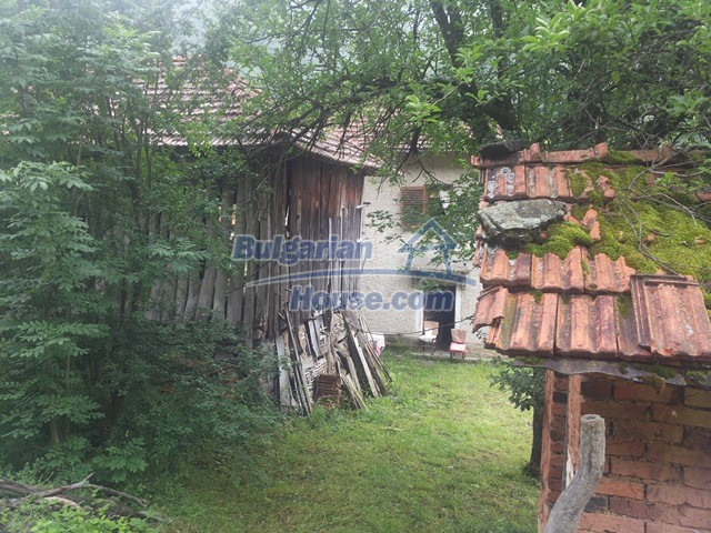11111:9 - Rural house in a magnificent mountain, Lovech region