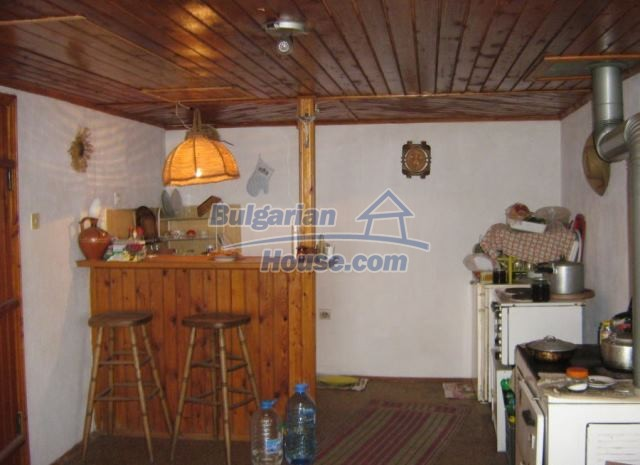 12769:7 - House for sale near Elena town with marvellous mountain views