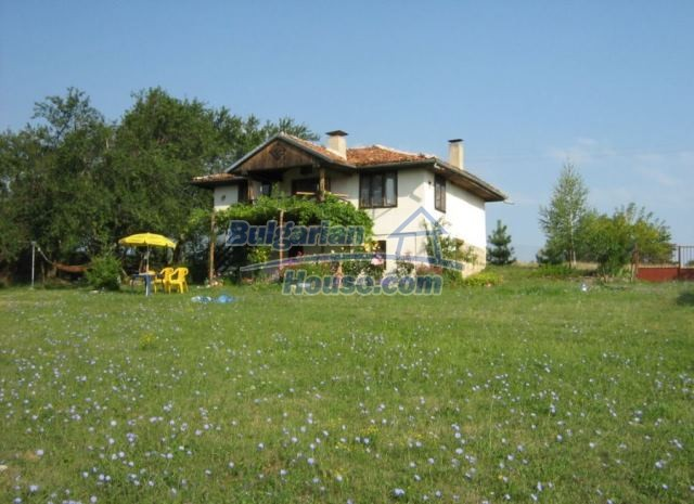 12769:4 - House for sale near Elena town with marvellous mountain views