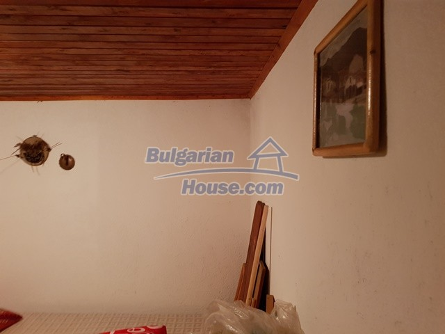12769:34 - House for sale near Elena town with marvellous mountain views