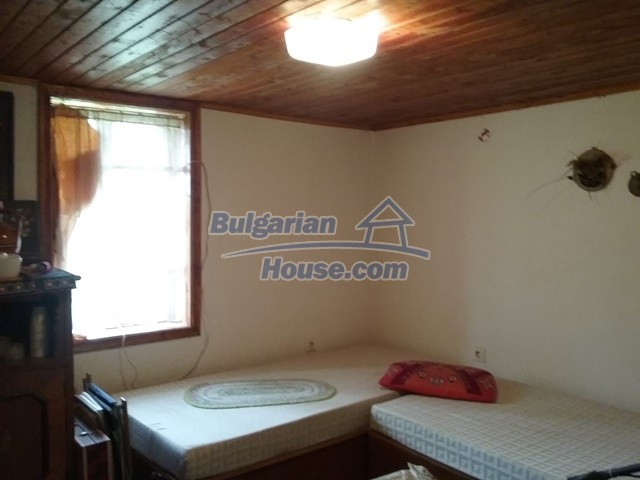 12769:14 - House for sale near Elena town with marvellous mountain views