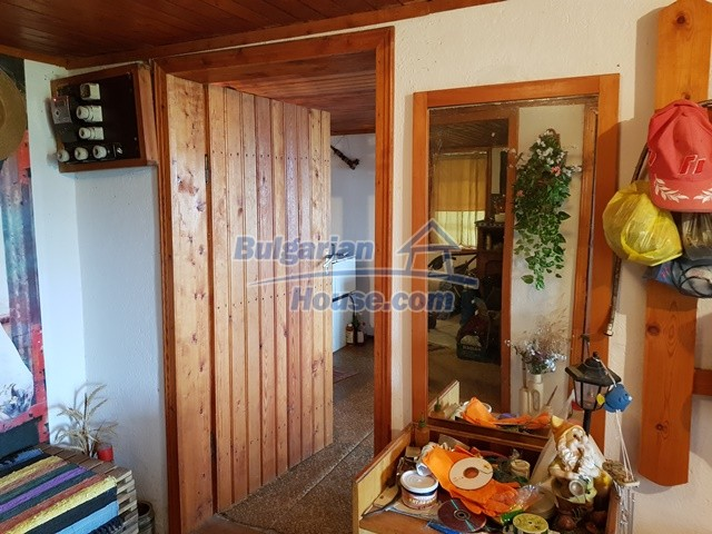 12769:31 - House for sale near Elena town with marvellous mountain views