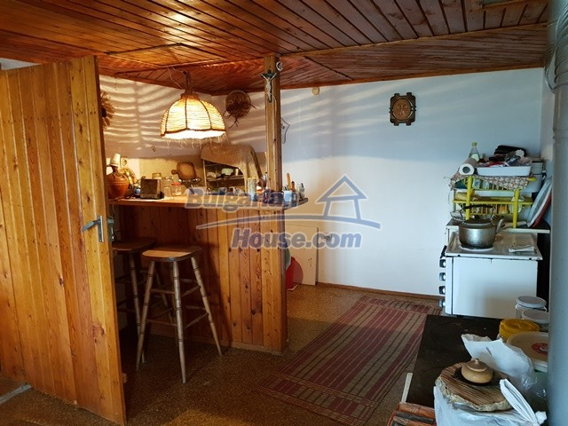 12769:46 - House for sale near Elena town with marvellous mountain views