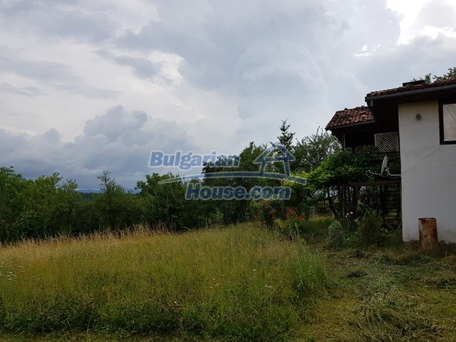 12769:86 - House for sale near Elena town with marvellous mountain views