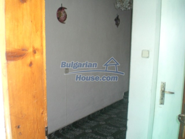 10568:4 - House near Kazanlak in Stara Zagora region,near lake,Aqua park