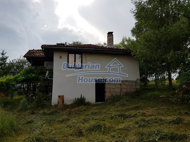 12769:85 - House for sale near Elena town with marvellous mountain views