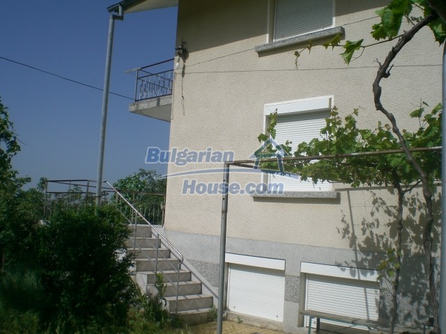 10568:2 - House near Kazanlak in Stara Zagora region,near lake,Aqua park