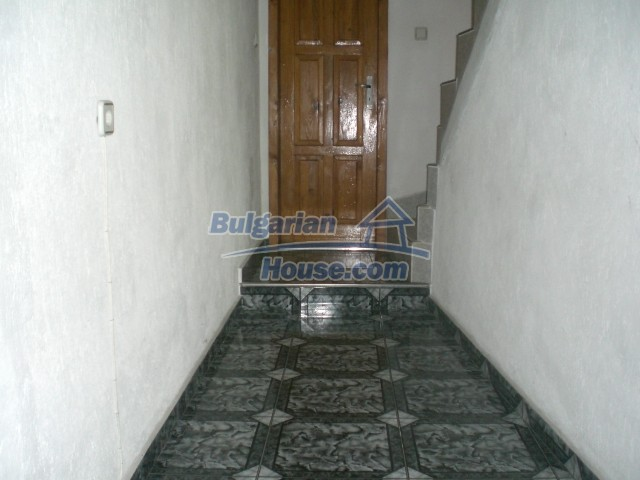 10568:5 - House near Kazanlak in Stara Zagora region,near lake,Aqua park