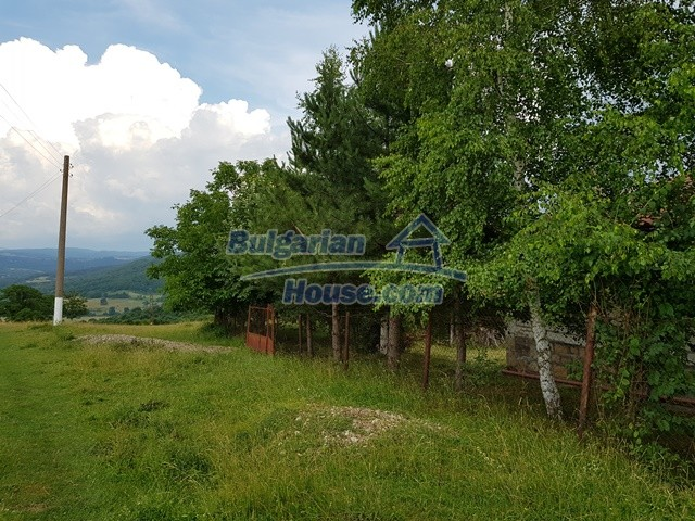12769:88 - House for sale near Elena town with marvellous mountain views