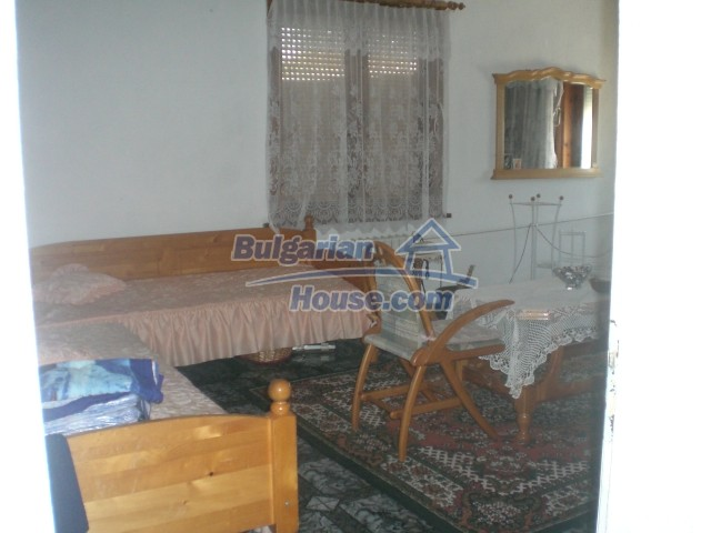 10568:6 - House near Kazanlak in Stara Zagora region,near lake,Aqua park