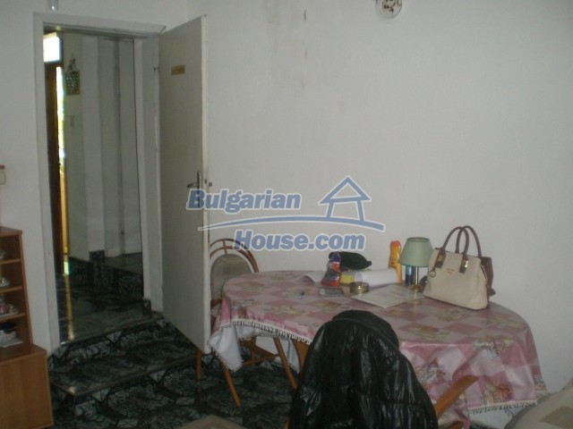 10568:16 - House near Kazanlak in Stara Zagora region,near lake,Aqua park