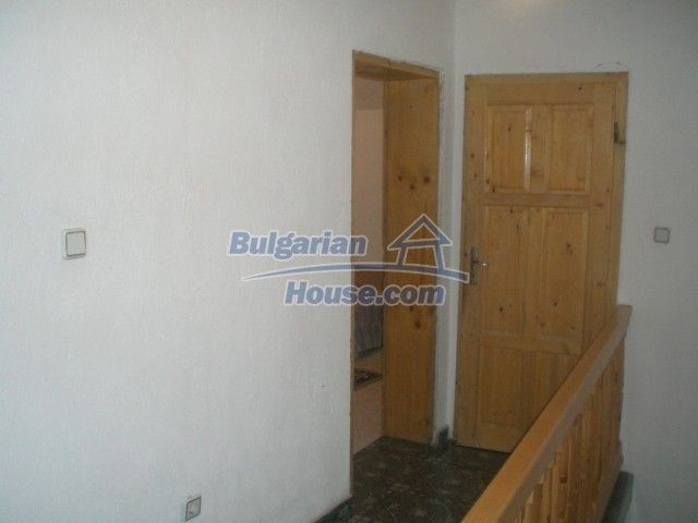 10568:30 - House near Kazanlak in Stara Zagora region,near lake,Aqua park