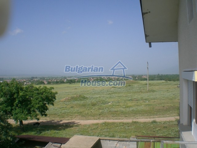 10568:39 - House near Kazanlak in Stara Zagora region,near lake,Aqua park