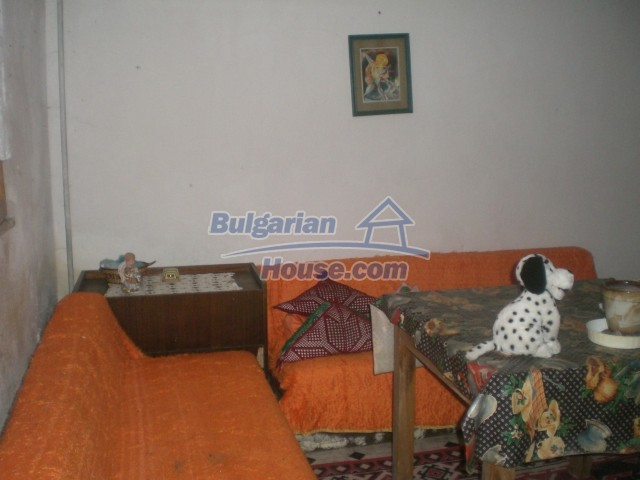 10568:60 - House near Kazanlak in Stara Zagora region,near lake,Aqua park