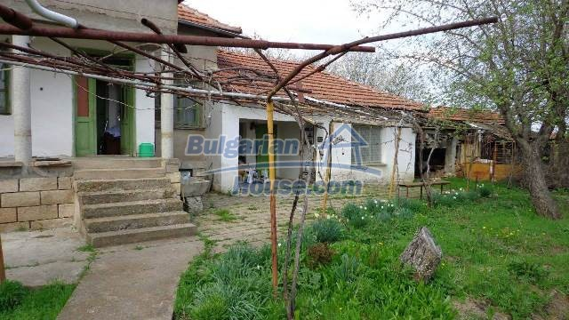 12721:8 - Cheap Bulgarian house for sale near Montana nearby river