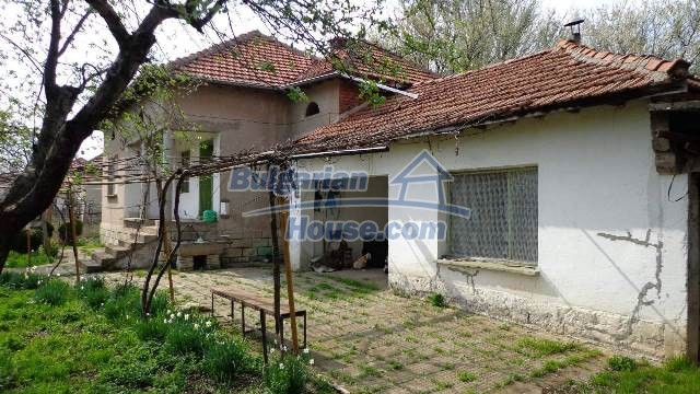 12721:1 - Cheap Bulgarian house for sale near Montana nearby river