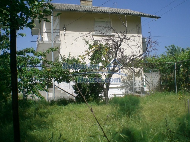 10568:84 - House near Kazanlak in Stara Zagora region,near lake,Aqua park