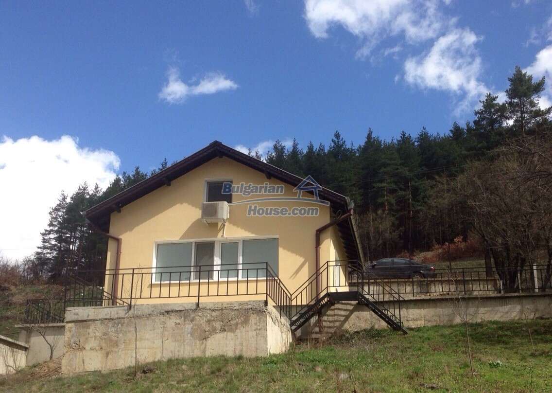 11548:1 - Splendid completed house with enthralling views near Sofia