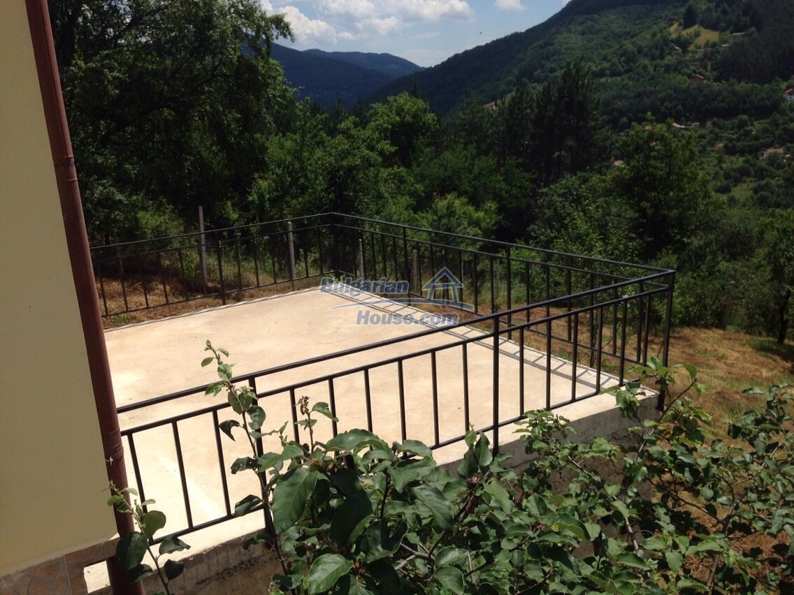 11548:10 - Splendid completed house with enthralling views near Sofia