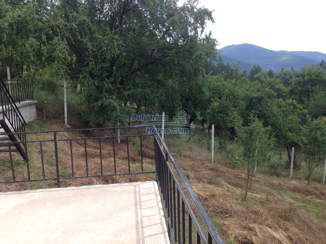 11548:3 - Splendid completed house with enthralling views near Sofia
