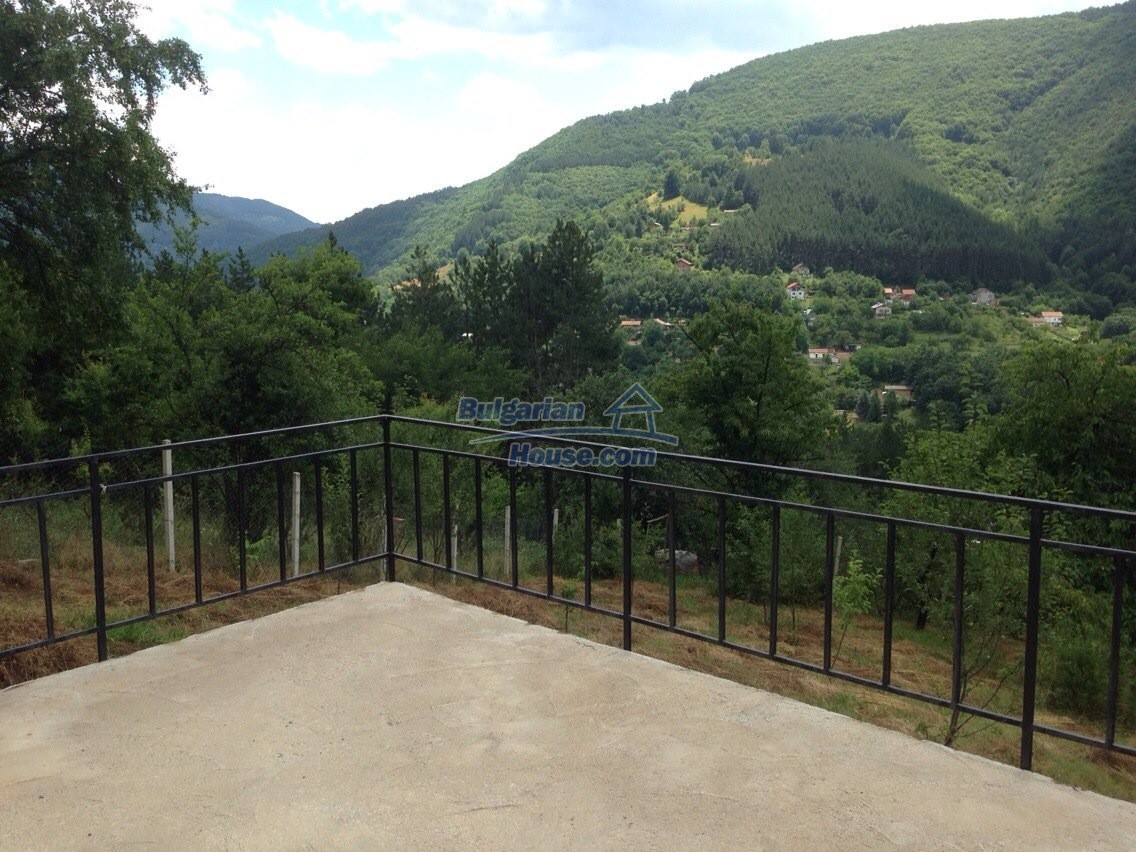 11548:6 - Splendid completed house with enthralling views near Sofia