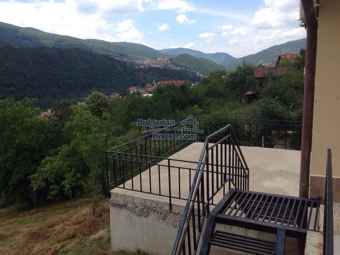 11548:22 - Splendid completed house with enthralling views near Sofia