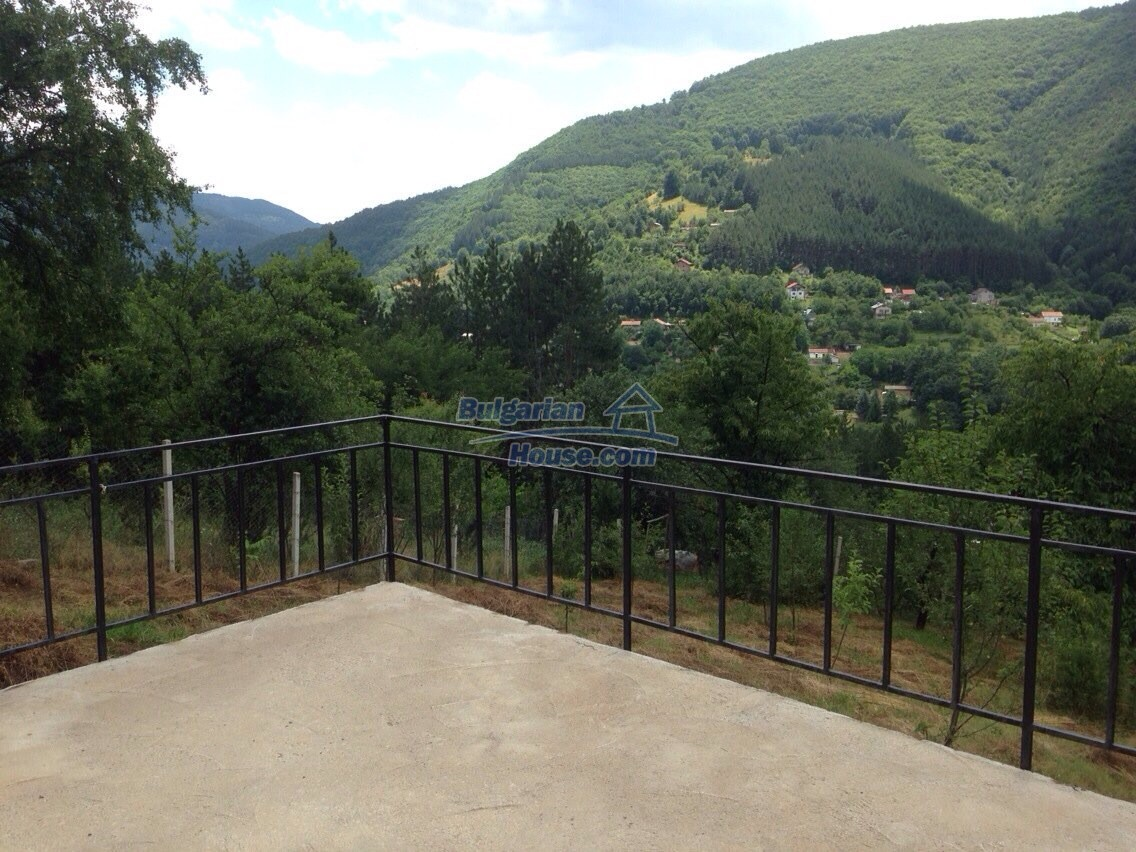 11548:21 - Splendid completed house with enthralling views near Sofia