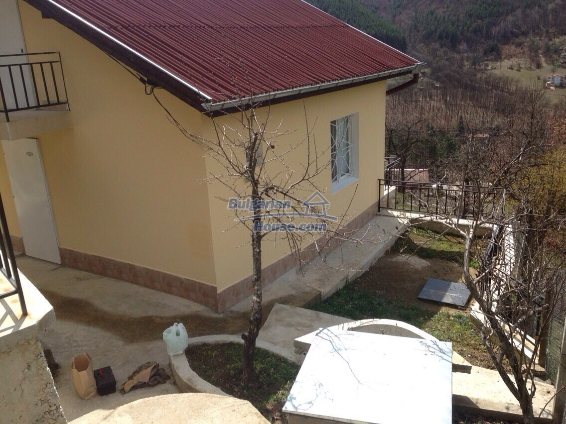 11548:41 - Splendid completed house with enthralling views near Sofia