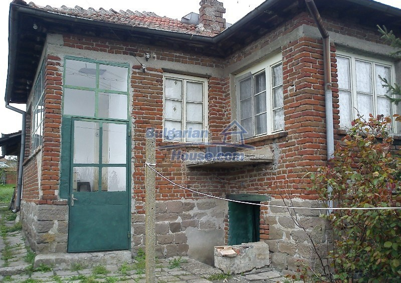 11961:1 - Cheap well maintained seaside house with garden near Karnobat