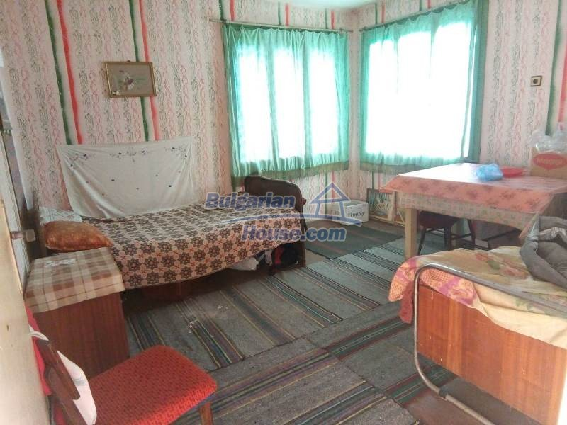 12782:17 - An old Bulgarian property ideal for holiday home  Vratsa region