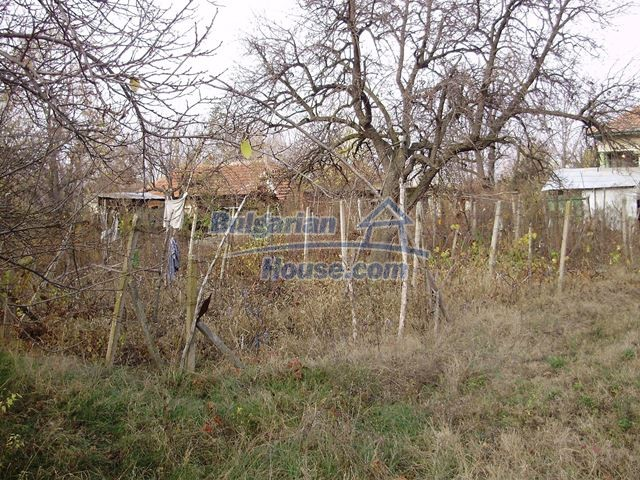 12755:7 - Bulgarian house with garden of 5500 sq.m land 48 km from Vratsa