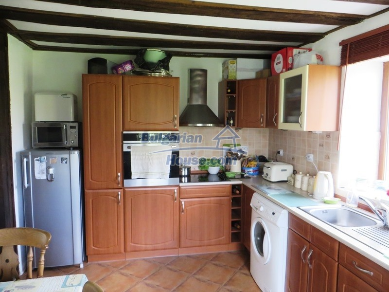 12655:15 - Cozy renovated 3 bedroom Bulgarian house with private garden