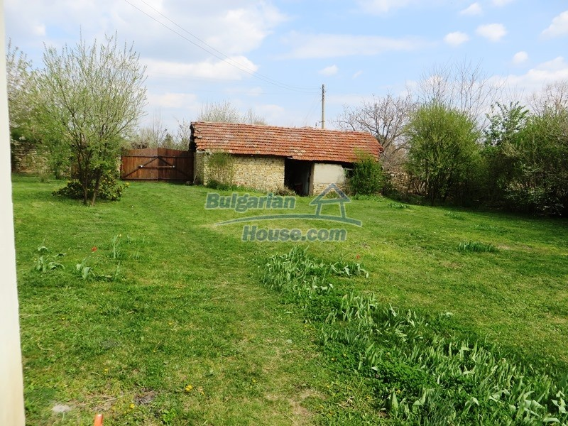 12655:10 - Cozy renovated 3 bedroom Bulgarian house with private garden