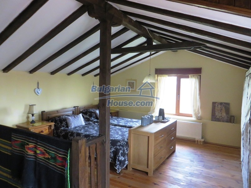 12655:34 - Cozy renovated 3 bedroom Bulgarian house with private garden