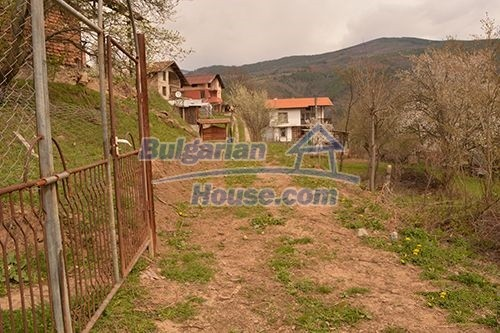 12685:12 - Two houses in one garden 40km from Sofia. BARGAIN OFFER !