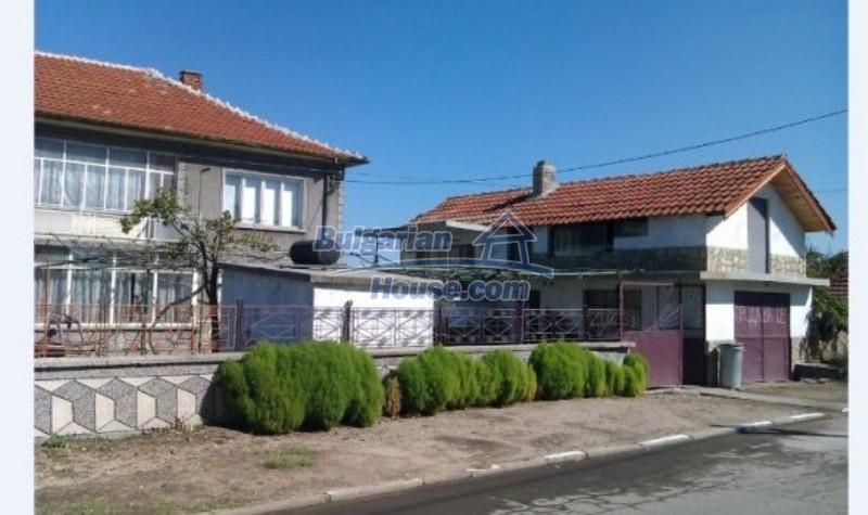 12012:1 - Spacious partly furnished property in Galabovo