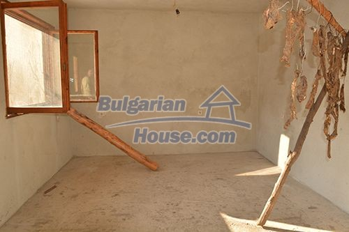 12685:6 - Two houses in one garden 40km from Sofia. BARGAIN OFFER !