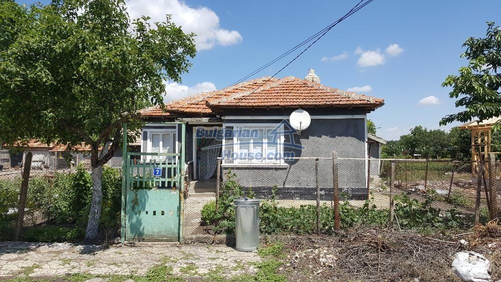 11772:3 - Cheap and beautiful house 5 km away from the beach in Balchik