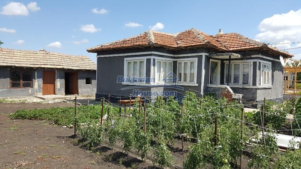 11772:4 - Cheap and beautiful house 5 km away from the beach in Balchik