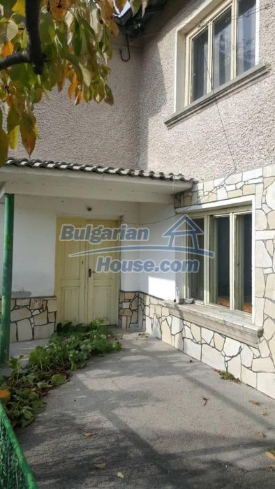 12726:3 - Bulgarian home with 7 outbuildings big garden nice views Plovdiv