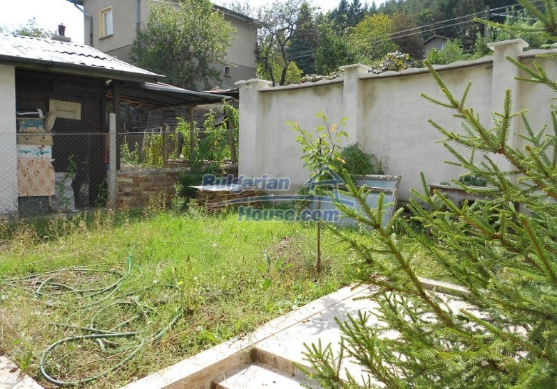 11632:3 - Splendid large house with adorable surroundings near Sofia