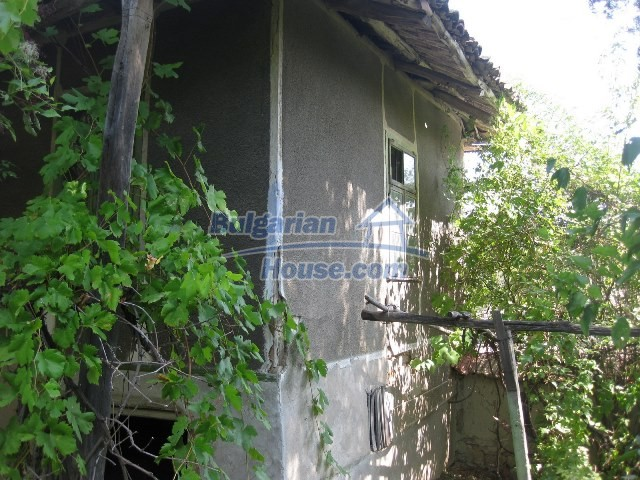 11130:16 - Two cheap properties in an illustrious hilly village near Popovo