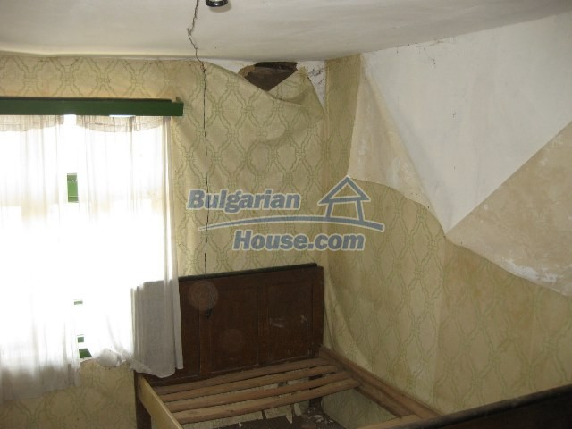 11130:23 - Two cheap properties in an illustrious hilly village near Popovo